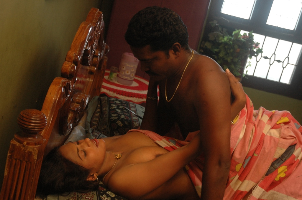 Upcoming Tamil Actress Bed Sex Scene Photos  Andybest Tv-2398