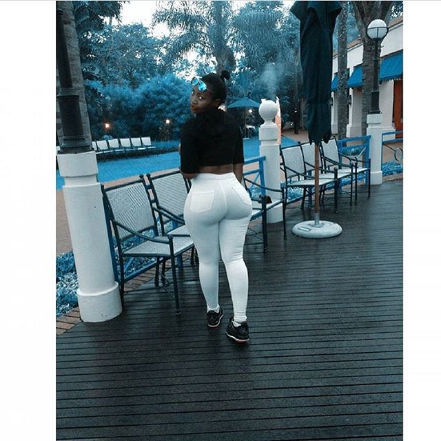 Pricless!! Queen!! Curves!! @lowmahtee.02.24 @lowmahtee.02.24 @lowmahtee.02.24 @lowmahtee.02.24 @lowmahtee.02.24 #africancurves #curvyafricans #dmtobefeatured #follow4follow #like4like #bae #africancurves