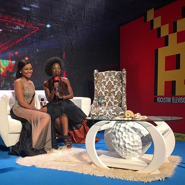 Post show interviews.... What a NIGHT!! Thank you Namibia...Such an honour! Had lotsa fun! 🙏🏽❤🇳🇦👌🏽👑🐝 #Host #NAMA2017 #Namibia