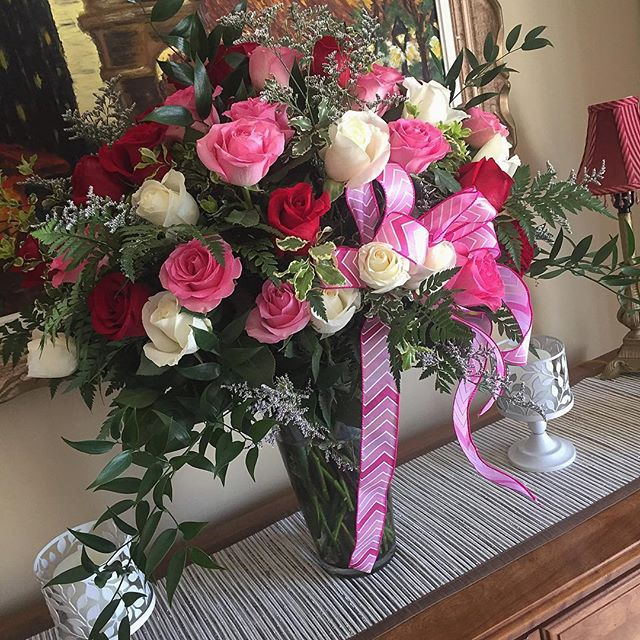 Received a #beautiful #flower arrangement delivery 💗🌹