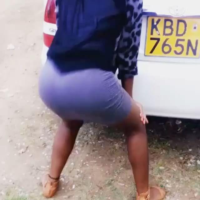 #TagAFriend Follow @afro_twerkqueens @afro_twerkqueens @afro_twerkqueens @afro_twerkqueens #Bae #Viral #TagAFriend Queen @prudence_lando #AfricanTwerk #BigBooty #BigBootyProblems #Ass #AfricanCurves #AssTwerk #IgBaddestAfricans #IGCakes #CurvesOnly #DmToBeFeatured #TagAFriend #Viral #Bae