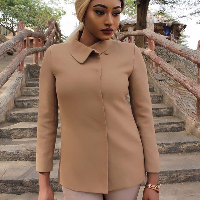 Keep life simple. #fashion #fashionista #fashionblogger #fashionblog #fashioninsta #fashiondaily #fashionaddict #fblogger #ootd #outfitoftheday #outfitpost #style #styleblogger #stylefile #lookbook #streetstyle #instafashion #ootdmagazine #ootdshare #style #styles #styleblogger #styleblog #streetwear #streetfashion #fashioninspo #styleinspiration #wcw