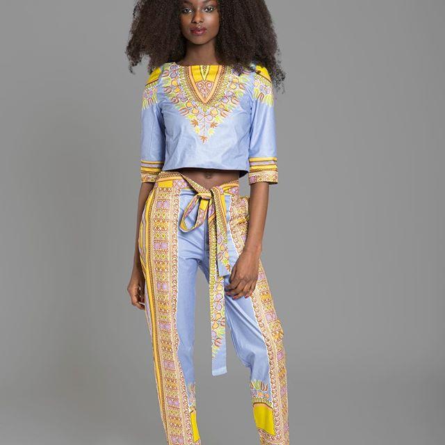 @sikaapixs Stunning SIKA'A Dashiki Set #sikaapixs Spring17 Collection www.si-kaa.com @sikaapixs