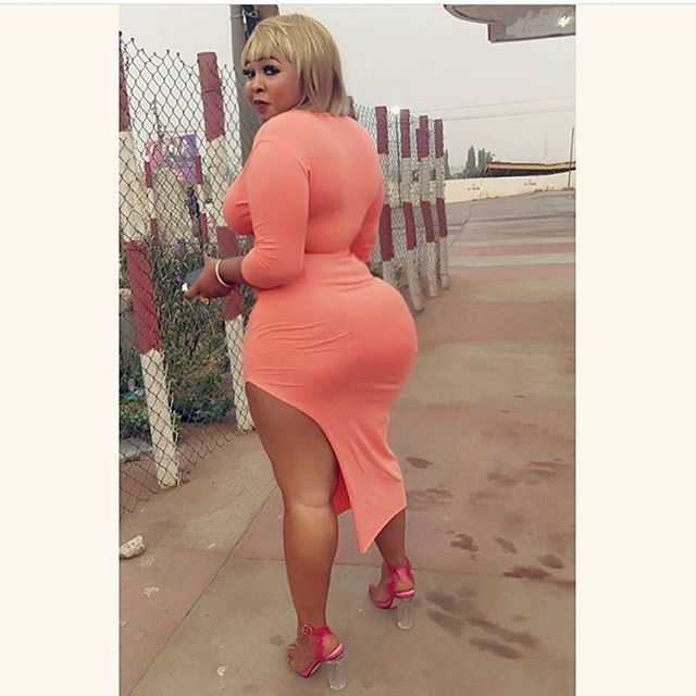 Happy New Year Folks!! We celebrate the Best of Curvy Queens from Africa!! Shoutouts to The Evergreen Queen @purfcieconna @purfcieconna @purfcieconna @purfcieconna #dmtobefeatured #AfricanCurves #CurvyAfricans #AfricanQueens #BigBooty #Ass