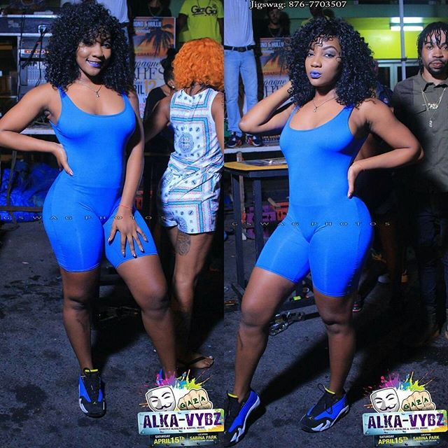 Mi duh push up but mi nuh push up inna people 💀🎶 @fashionfarmers babe😍 #daniibooshow 💙