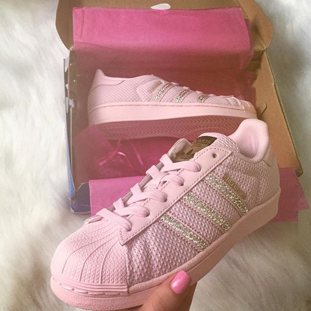 #shoutout to @crystallizedkicks for sending me these new #runners 💗💎