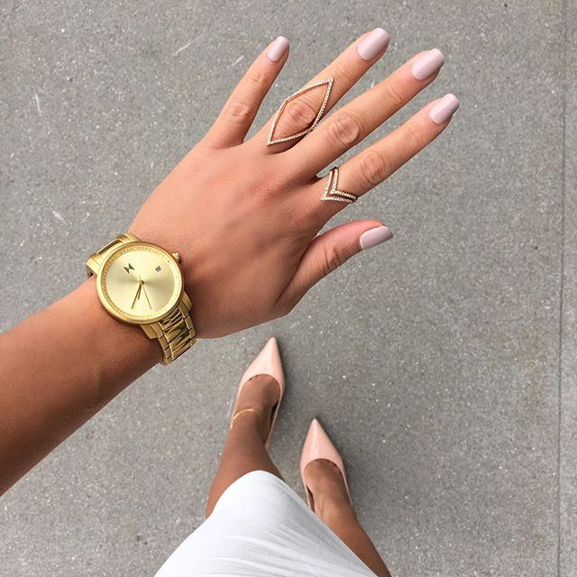 "Touch of gold 🌙 Use ""BrieaDior"" for 10% off your next watch 