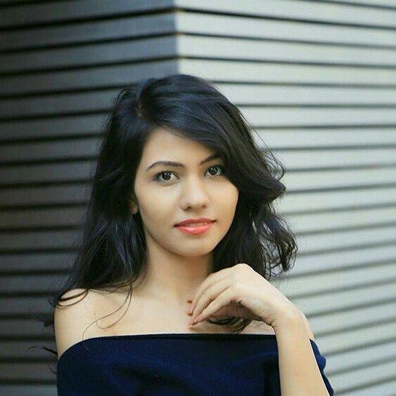 #cute #perfectbody #bigboobs #HotGirls #darkhair #indianhotgirls
