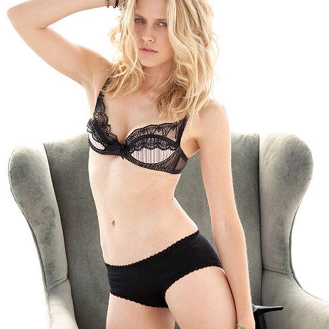 Teresa Palmer #teresapalmersc #teresapalmer #sexy #celebrity #hot #actress #blonde #lingerie