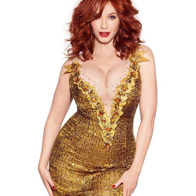 Christina Hendricks #christinahendrickssc #christinahendricks #sexy #celebrity #hot #actress #redhair #dress