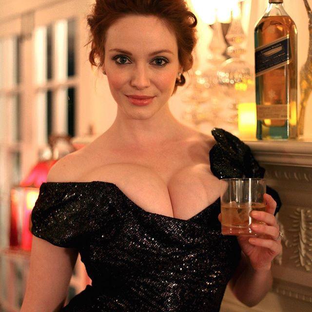 Christina Hendricks #christinahendrickssc #christinahendricks #sexy #celebrity #hot #actress #redhair #busty #dress