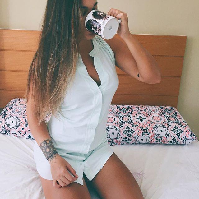 Nesse climinha de outono nada melhor que um pijama confortável para passar a noite (ou o dia inteiro 🙈) Eu já estou preparada com pijaminha da @lupooficial camisola confortável e muito lindinha 😍🎀 Obrigada @agilecomunicacao e @lupooficial ❤️