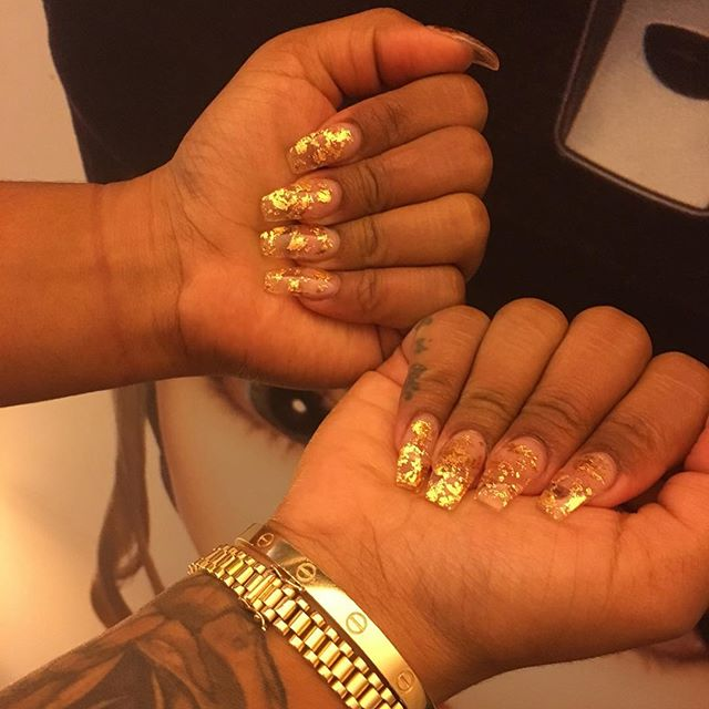 Nails on fleek! Thank you so much for traveling to me @nailsbyroman everyone follow her! In Miami 💜