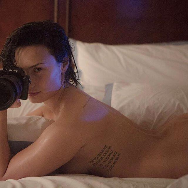 Demi Lovato #demilovatosc #demilovato #sexy #celebrity #hot #singer #actress #bed