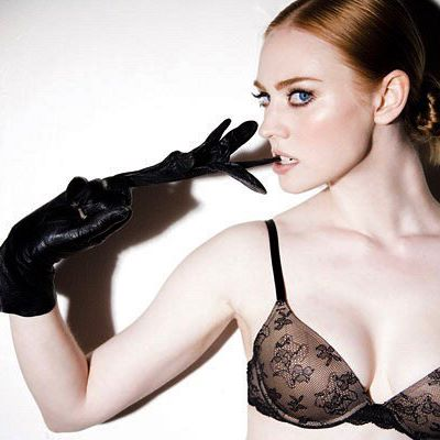 Deborah Ann Woll #deborahannwollsc #deborahannwoll #sexy #celebrity #hot #actress #bra