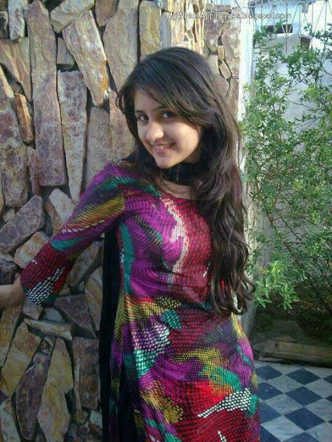 Beautiful Girls Photos For Whatsapp