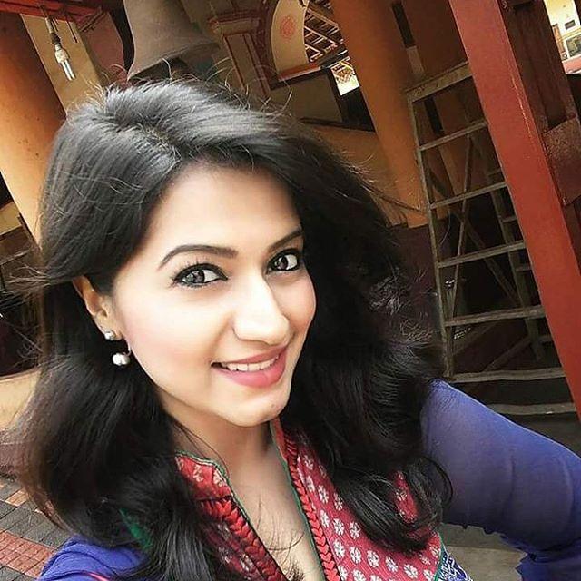 #cute #perfectbody #indianhotgirls #darkhair