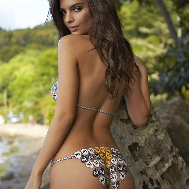 Emily Ratajkowski #emilyratajkowskisc #emilyratajkowski #sexy #celebrity #hot #model #actress
