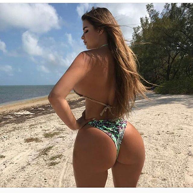 Miami beach @happyqueen___