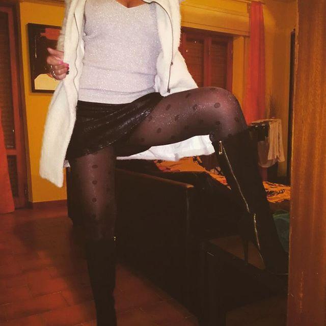 Stasera torno a ballare al Don Carlos...se mi cercate sono li...😘😘😘😘
