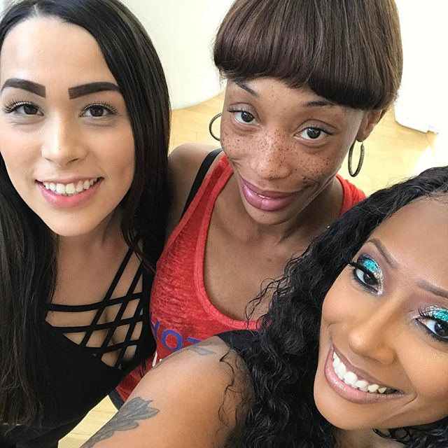 3 da hard way 😇 @diorlove69 @alyciastarr702 Cherokeedass.com Clubcherokeedass!!! Clubcherokeedass.com Clubcherokeedass.com!! #teamdass #natural #teamdass #curves #cherokeedass #cherokeesfetishes #sandals #cherokeedass #meanasscuff #cuffingseason #cuffing #thickness #glasses #nofilter #cherokeedass #clubcherokeedass #dass #hips