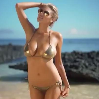 Kate Upton #kateuptonsc #videosexycelebritiessc #kateupton #sexy #celebrity #hot #model #bikini #busty