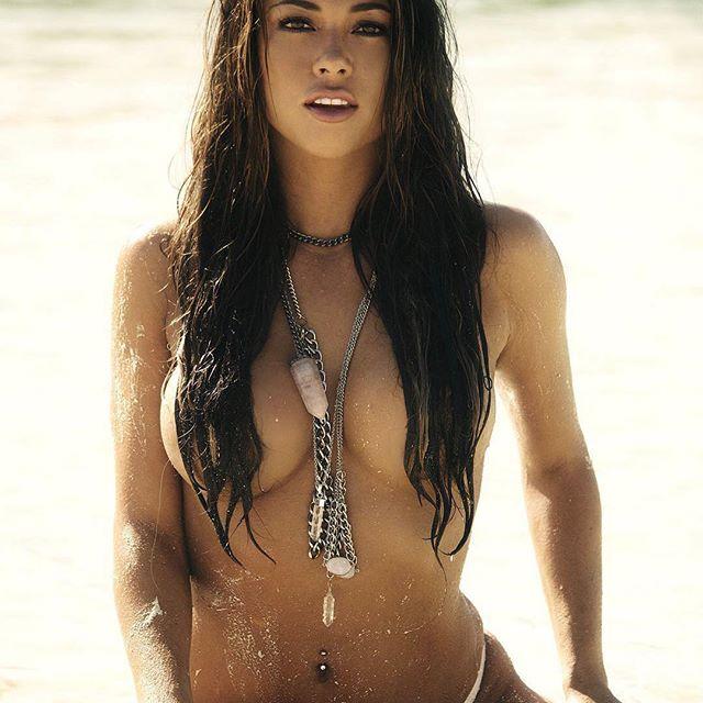 Arianny Celeste #sexy #celebrity #hot #ringgirl #model #beautiful