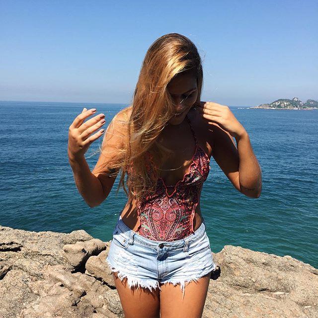 Triste em abstinência da praia e do sol 💔😥