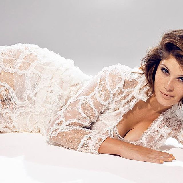 Gemma Arterton #gemmaartertonsc #gemmaarterton #sexy #celebrity #hot #actress