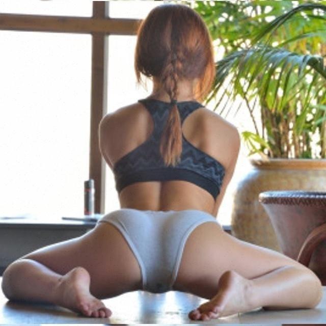 #hot #sexy #girls #stretching #fitnessgirl #fitnessinspiration