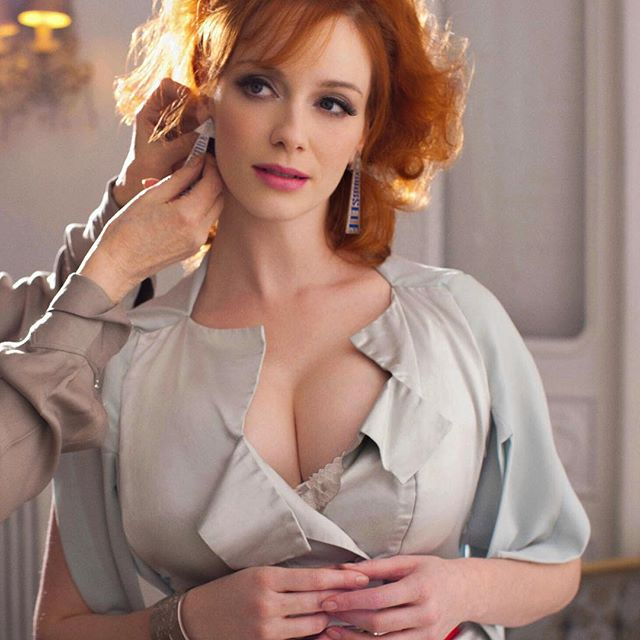 Christina Hendricks #christinahendrickssc #christinahendricks #sexy #celebrity #hot #actress #redhair #busty