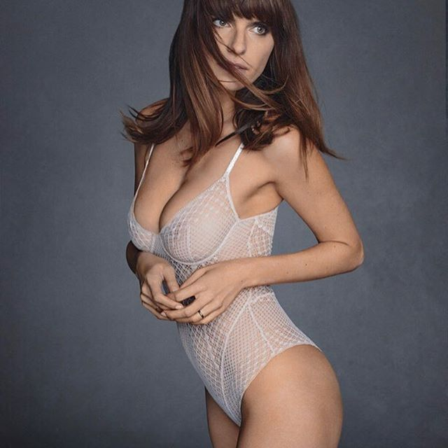 Lake Bell #lakebellsc #lakebell #sexy #celebrity #hot #actress #beauty #beautiful #lingerie #sèxy