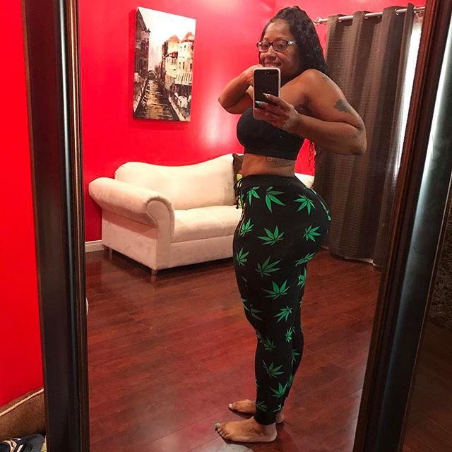 HAPPY 420 who wanna SMOKE?? What u smoking on? Cherokeedass.com #Clubcherokeedass.com #teamdass #natural #teamdass #curves #cherokeedass #cherokeesfetishes #sandals #cherokeedass #meanasscuff #cuffingseason #cuffing #thickness #glasses #nofilter #cherokeedass #clubcherokeedass #dass #hips #nofliter