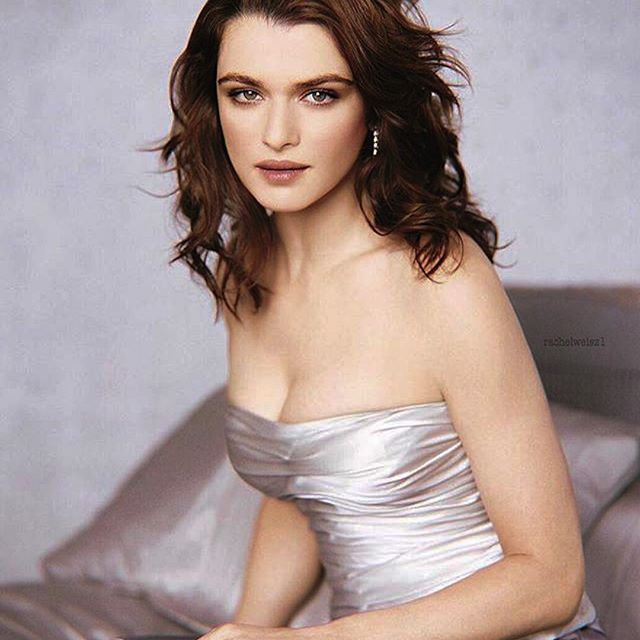 Rachel Weisz #rachelweiszsc #rachelweisz #sexy #celebrity #hot #actress #beautiful #beauty #brunette