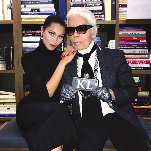 ❤️Perfect shoot to end an amazing few weeks around the 🌎🌍 back to NYC✈️ Thank you @karllagerfeld The King...I still get goosebumps every time I have the honor to work with you! 👑and to name a few legends @amandaharlech @peterphilipsmakeup @sammcknight1 ❤️You make me more and more excited about fashion every time! All of my love! 💙💙💙👑😇🦋🦋🦋🦋