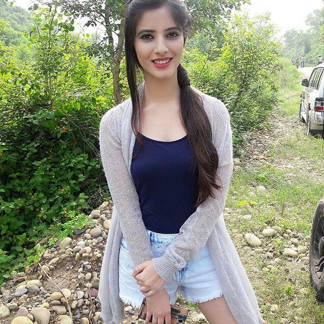 Follow @kashikapatyal 😘