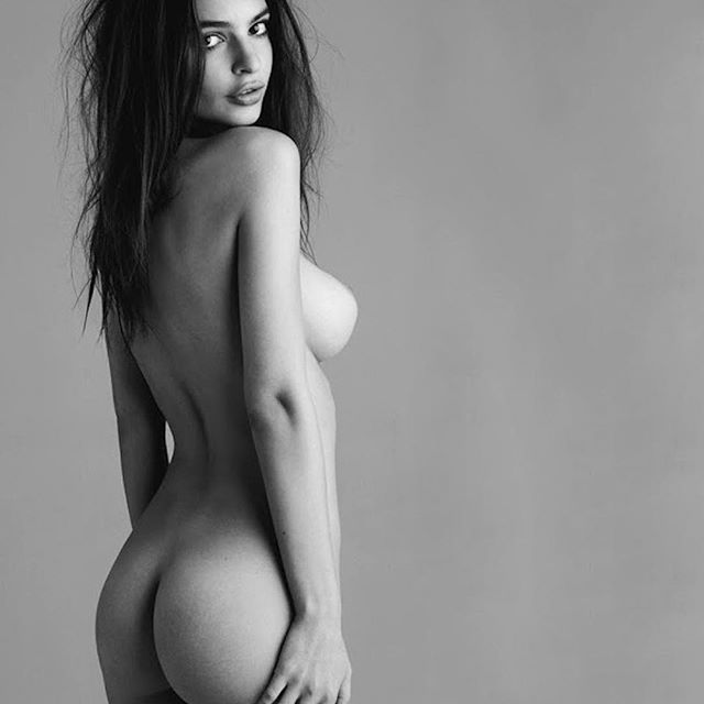 Emily Ratajkowski #emilyratajkowskisc #emilyratajkowski #sexy #celebrity #hot #model #actress #blackandwhite